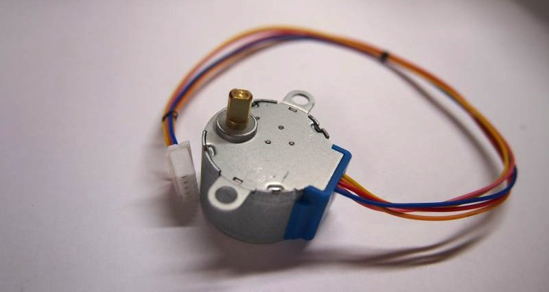 Moving the 28BYJ-48 Stepper Motor – Cyan Infinite